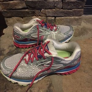 f2236b641cd Brooks Shoes - Brooks Ravenna Women s Running Shoe Size 9 W